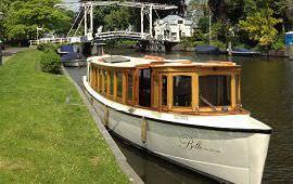 Boot huren Amsterdam. Salonboot Belle van Zuylen