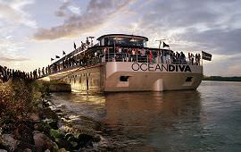 Boot huren Amsterdam. Partyboot Oceandiva Original