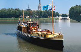 Boot huren Amsterdam. Salonboot Lelie