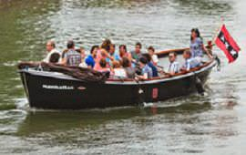 Boot huren Amsterdam. Sloep Manhatten