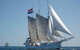 Boot huren Scheveningen. Schoener Minerva