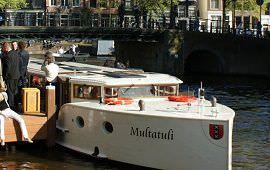 Boot huren Amsterdam. Salonboot Multatuli
