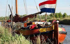 Boot huren Leiden. Tjalk Vrouwe Fortuna