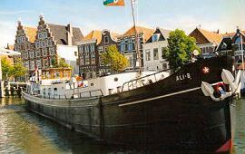 Boot huren Alphen aan den Rijn. Motorboot Ali-B2