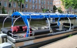 Boot huren Amsterdam. Rondvaartboot Dreamtime