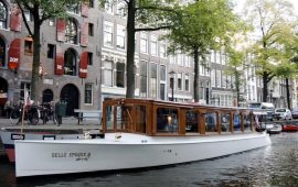 Boot huren Amsterdam. Salonboot Belle Epoque