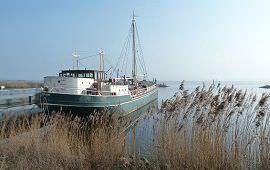 Boot huren Rotterdam. Woonboot Boot-VI