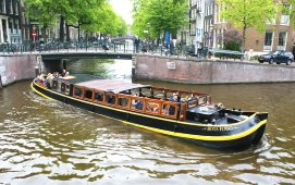 Boot mieten Amsterdam. Salonboot Bota Fogo