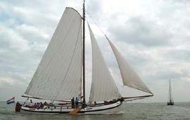 Boat rental Harlingen. Barge Brave Hendrik