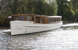 Boot huren Uithoorn. Salonboot Dame van Amstel