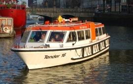 Boot huren Rotterdam. Rondvaartboot Tender 16