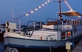 Boot huren Loosdrecht. Partyboot Della Vita