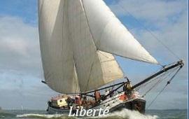 Boot mieten Hoorn. Tjalk Liberté