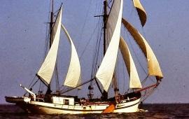 Boot huren Amsterdam. Klipper Lichtstraal