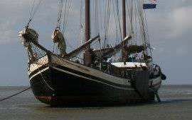 Boot huren Harlingen. Aak Minerva