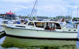 Boot huren Amsterdam. Motorboot Flint