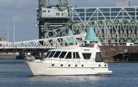 Boot huren Rotterdam. Motorboot Smaragd 3