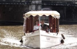 Boot mieten Amsterdam. Salonboot Najade