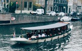 Boat rental Amsterdam. Saloon boat Ms. Agatha