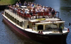 Boat rental Den Bosch. Canal tour boat Ouwe Dirk