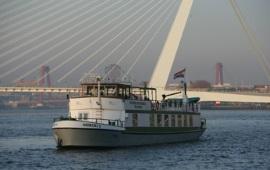 Boot huren Rotterdam. Partyboot Gemini II