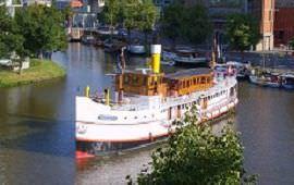 Boot huren Almere. Partyboot Succes