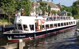 Boot huren Loosdrecht. Partyboot Prins Hendrik