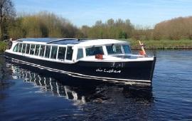 Boot huren Amsterdam. Rondvaartboot Jan Luiken