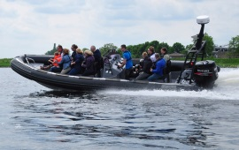 Boot huren Rotterdam. Speedboot Agulhas