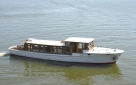 Boot huren Amsterdam. Salonboot Amber