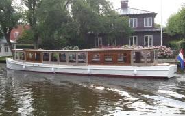 Boot huren Amsterdam. Salonboot Swaen