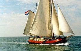 Boot huren Amsterdam. Tjalk SilhoueT