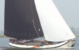Boot huren Sneek. Skûtsje Friesland