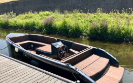 Boot huren Den Bosch. Sloep VIP