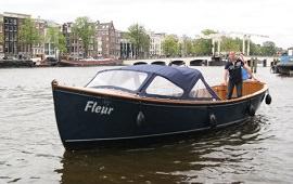 Boot huren Amsterdam. Sloep Fleur