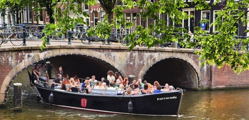 Sloep Barracuda huren Amsterdam