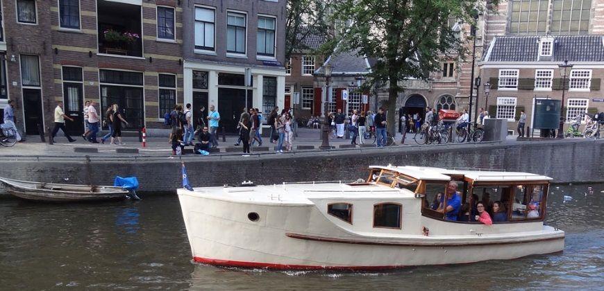 salonboot britannia amsterdam
