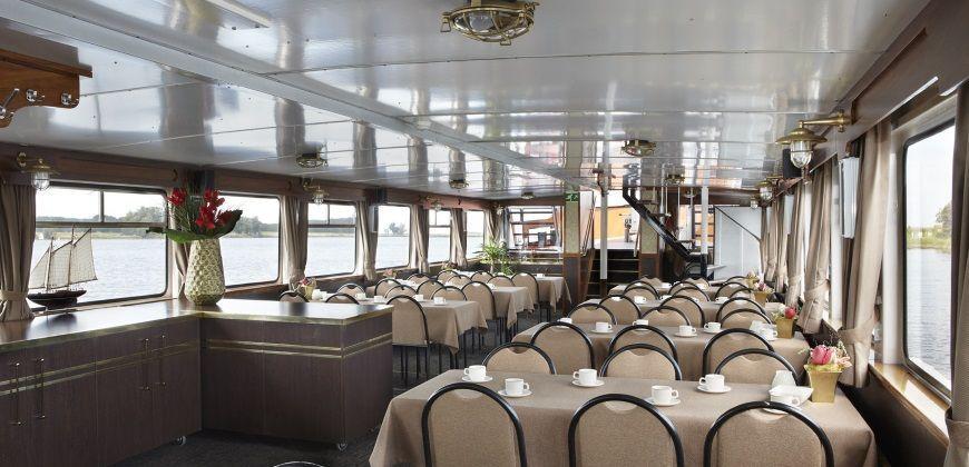 partyboot zeeland frisia