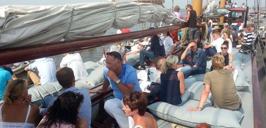 zeilboot huren stavoren frisius van adel