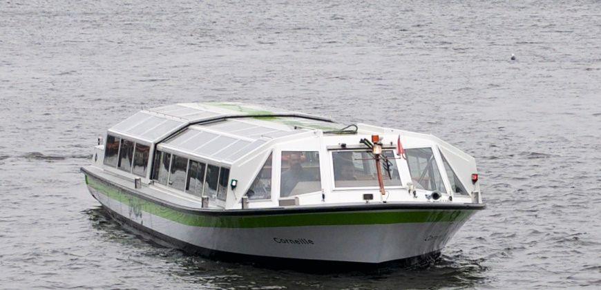 rondvaartboot-cornelia-huren-amsterdam buiten