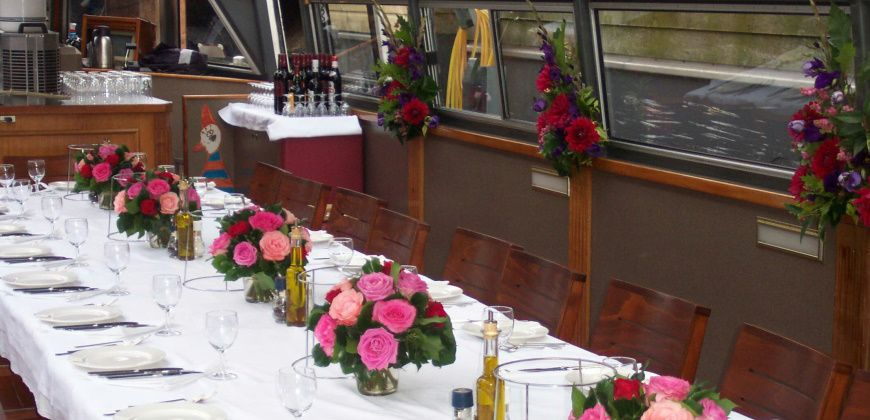 rondvaartboot-cornelia-huren-amsterdam dineropstelling