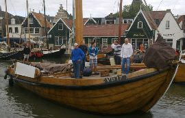 Boot huren Monnickendam. Botter Vereniging Behoud de Volendammer Botters