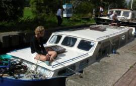 Boot huren Akkrum. Motorboot Voortvarend