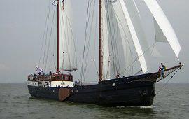 Boot huren Enkhuizen. Schoener Wapen fan Fryslân