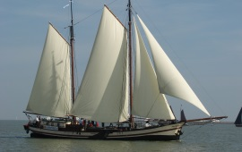 Boat rental Amsterdam. Clipper Gulden Belofte